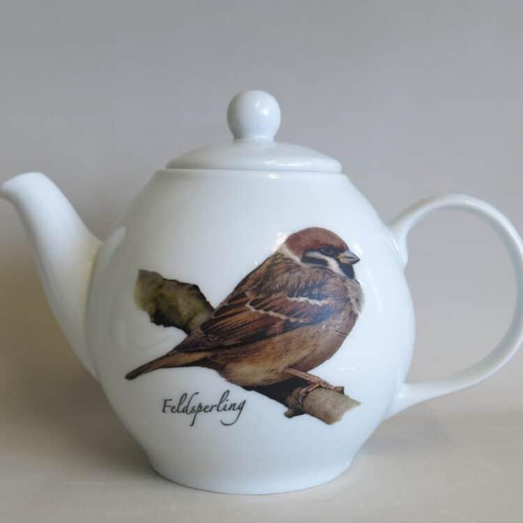 Porzellan Teekannen Olympia mit Feldsperling