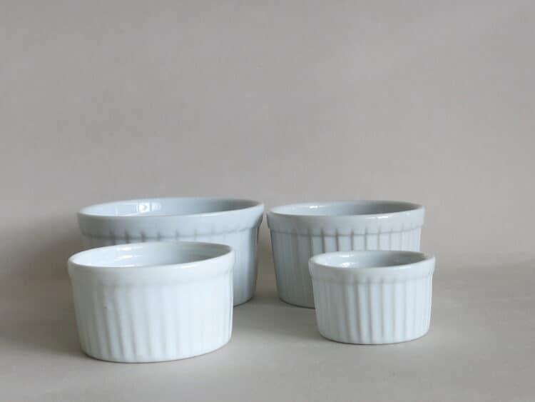 Runde Soufleeförmchen ofenfestes Porzellan von 5 - 9 cm Durchmesser