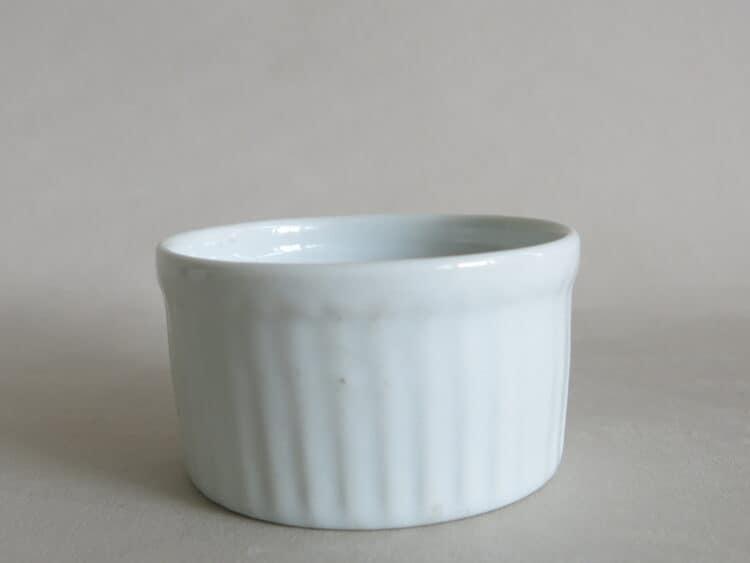 Rundes Soufleeförmchen ofenfestes Porzellan von 5 cm Durchmesser