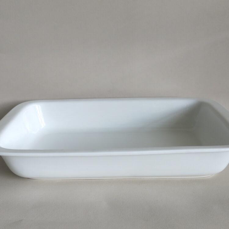 Auflaufform recheckig groß ofenfest aus weißem Porzellan