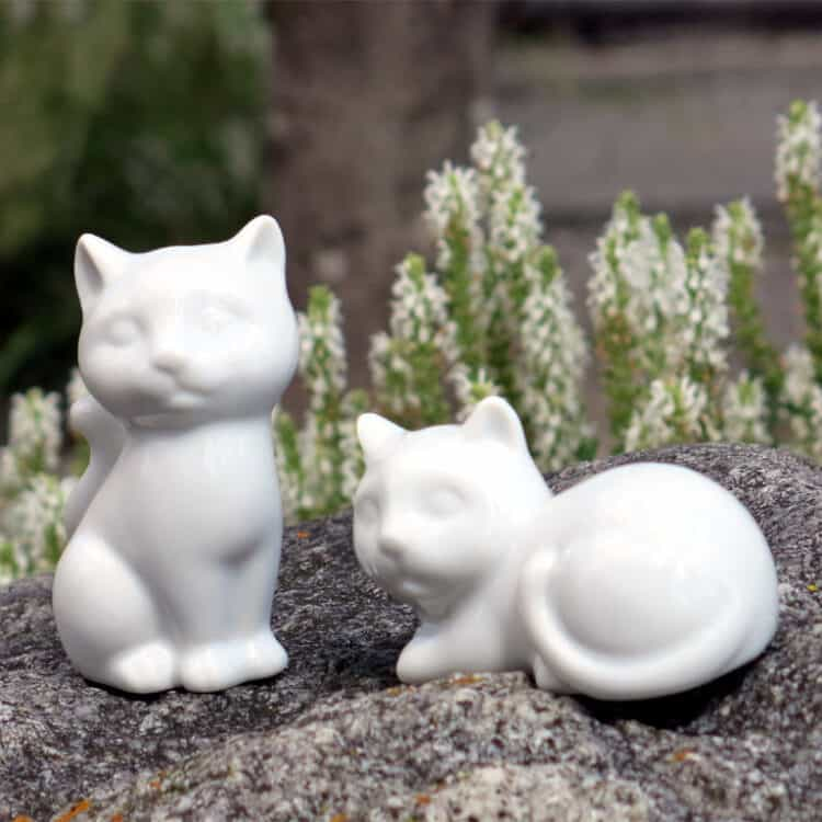 Weißes Porzellan Salzstreuer und Pfefferstreuer in Katzenform