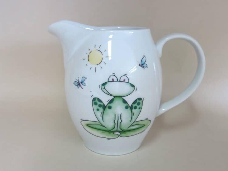 Porzellan Krug Olympia Frosch für Kindergärten