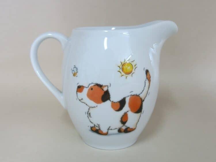 Porzellankrug Olympia mit Hund und Biene