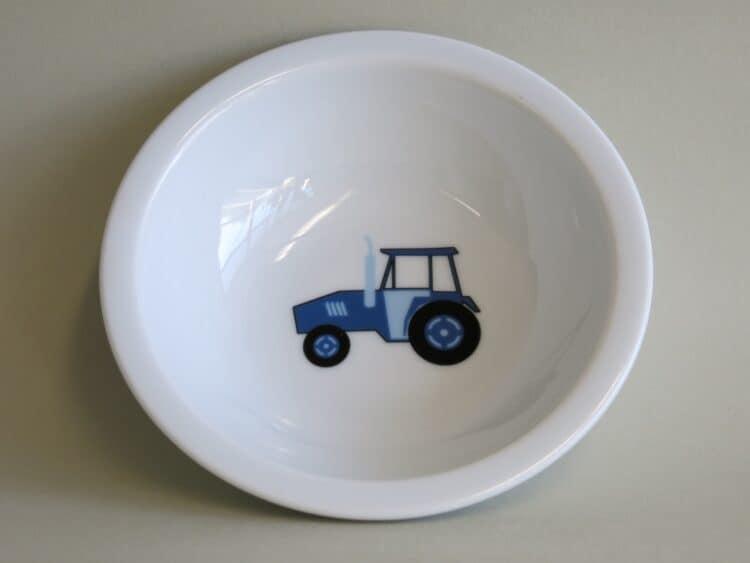 Robustes Kita Geschirr Scandia: kleine Schüsselm mit blauem Traktor