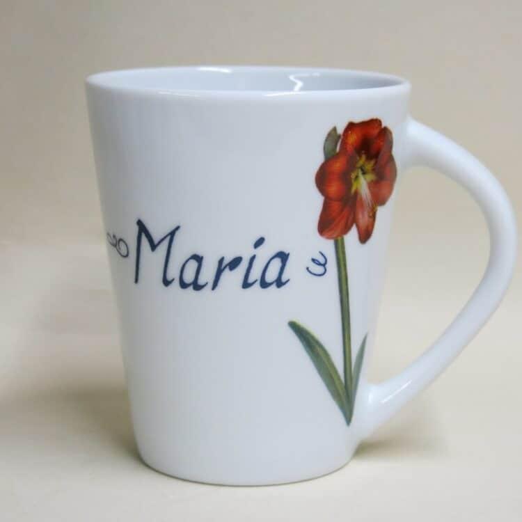 Namenstasse Porzellan Becher Clio mit moderner Blume Amaryllis und Namen