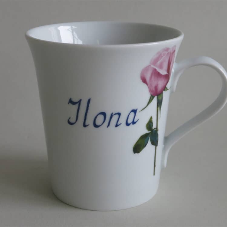 Namenstasse Porzellan eleganter Becher Emma mit rosa Rose und Namen ohne Schnörkel