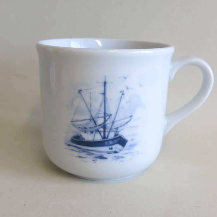 Kinderbecher Kid 230 ml aus Porzellan mit Segelschiff