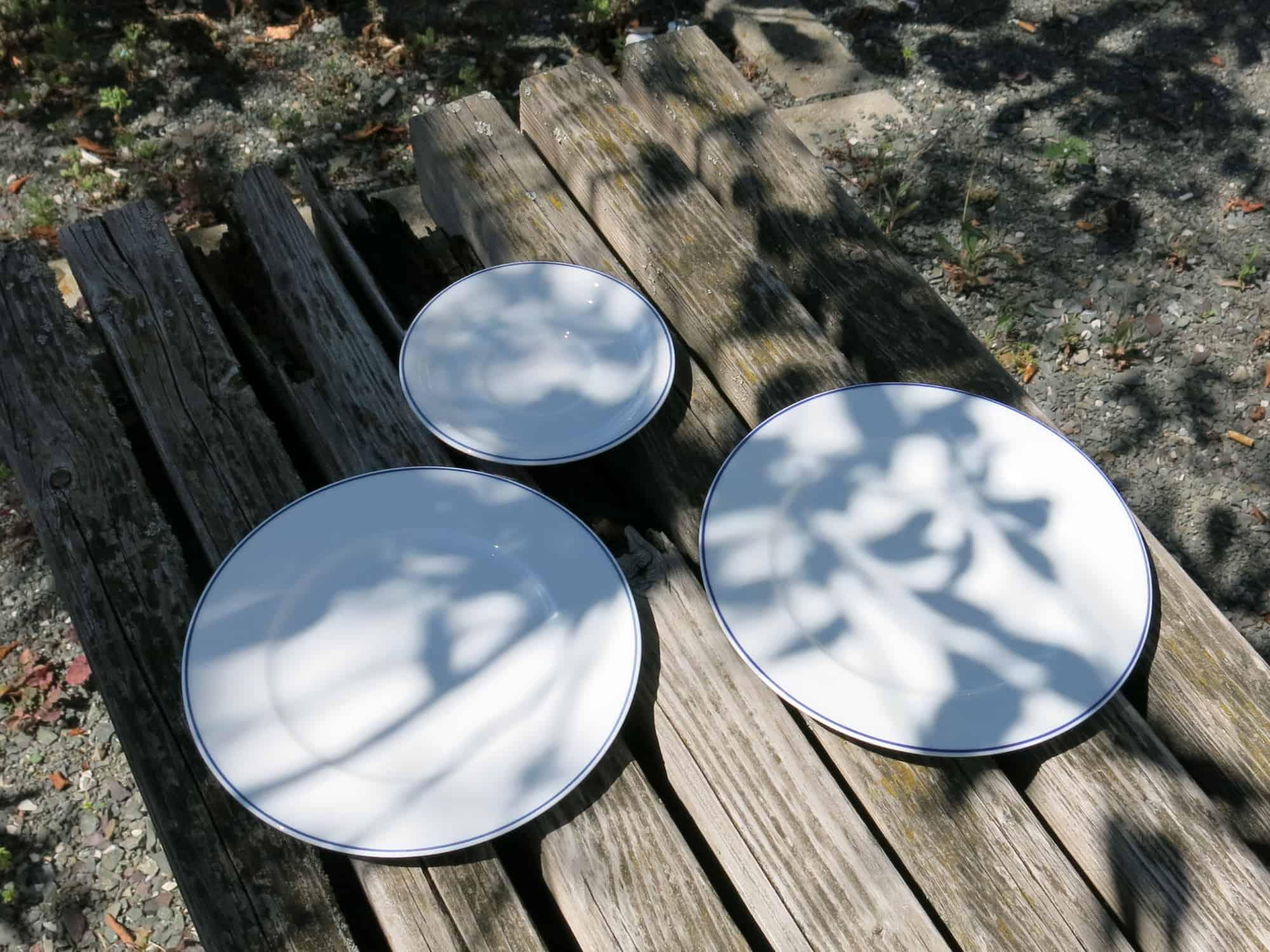 Teller und Unterteller zu Klassischen Namenstasse Schatten