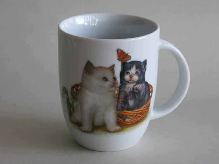 Frühstücksgeschirr Porzellan Becher Daria 260ml mit Kätzchen und Schmetterling