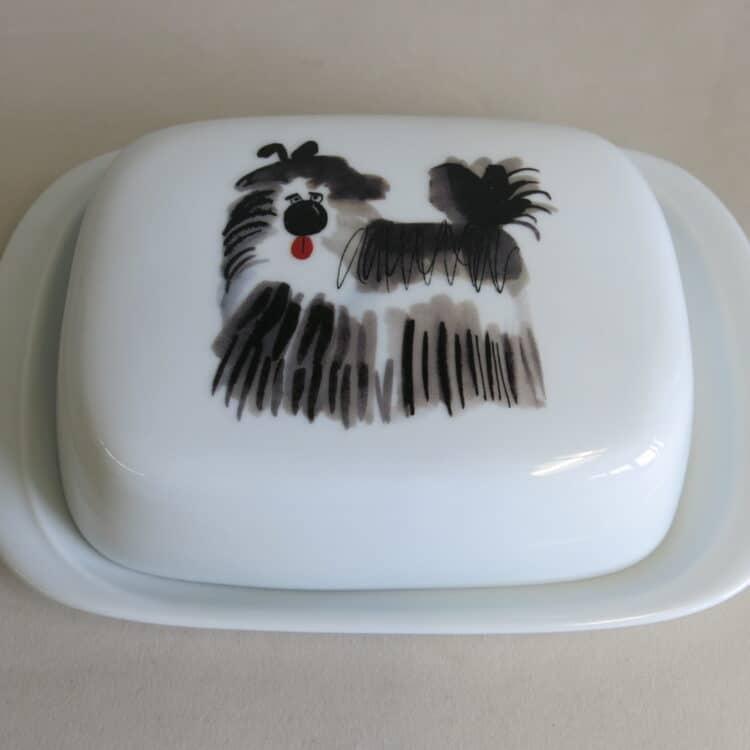Butterdose aus weißem Porzellan mit Hund Terrier Minou