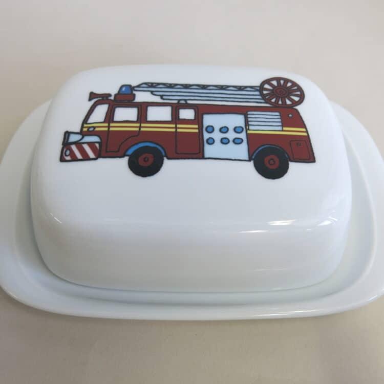 Frühstücksgeschirr Porzellan glatte Butterdose 250g. mit Feuerwehr gemalt