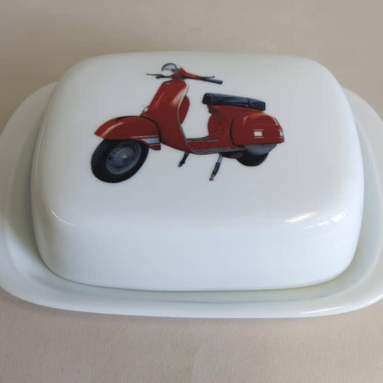 Frühstücksgeschirr Porzellan glatte Butterdose 250g. mit roter Vespa
