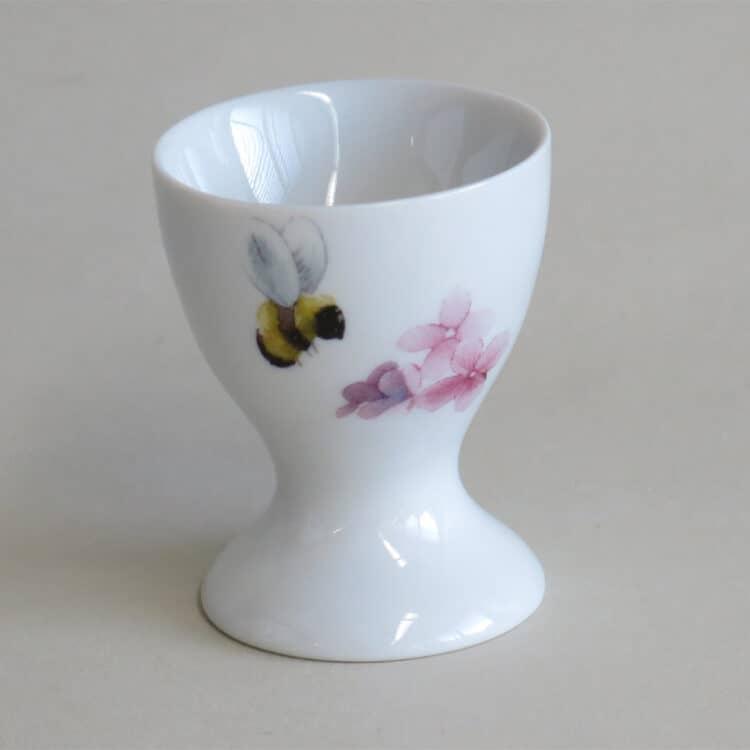 Bienchen und Blümchen Motive auf Hohen Porzellaneierbecher