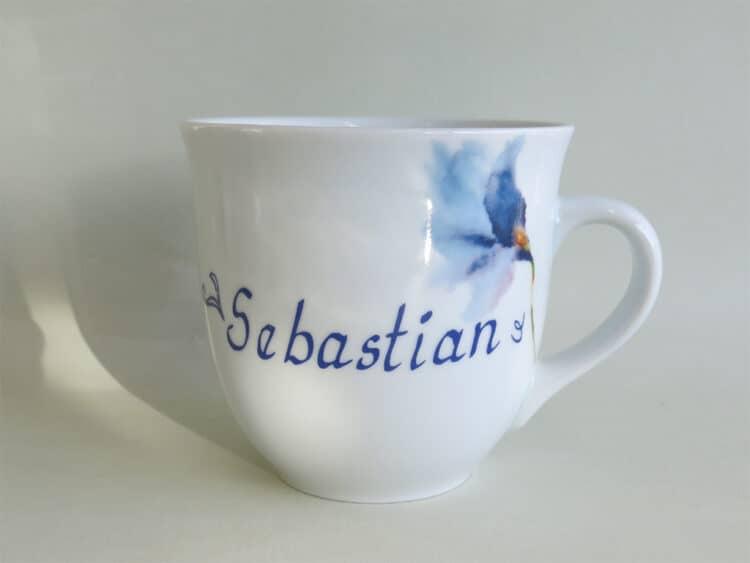 Namenstasse Porzellan großer Becher Mirek 400ml mit blauem Iris aquarell und Namen
