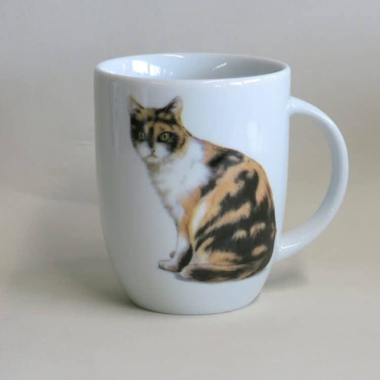 Frühstücksgeschirr Porzellan Becher Daria 260ml mit dreifarbiger Katze Lucky
