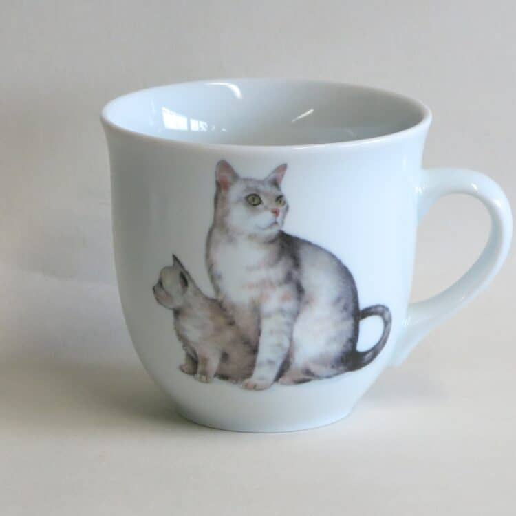 Frühstücksgeschirr Porzellan großer Becher Mirek 400ml mit weißer Katze Snowy und Flocke