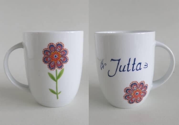 Namenstasse Porzellan Becher Daria 260ml mit Hippieblumen rot und blau und Namen