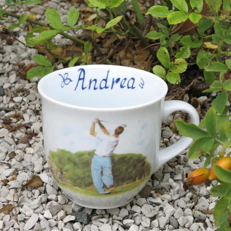 Porzellan Namenstasse Becher Mirek 400 ml mit Golfspieler und Namen innen