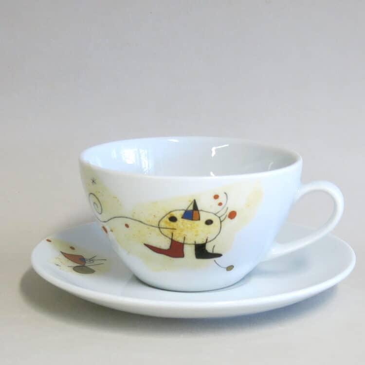 Teetasse Carlo groß Motiv nach Miro Vogel und Untertasse