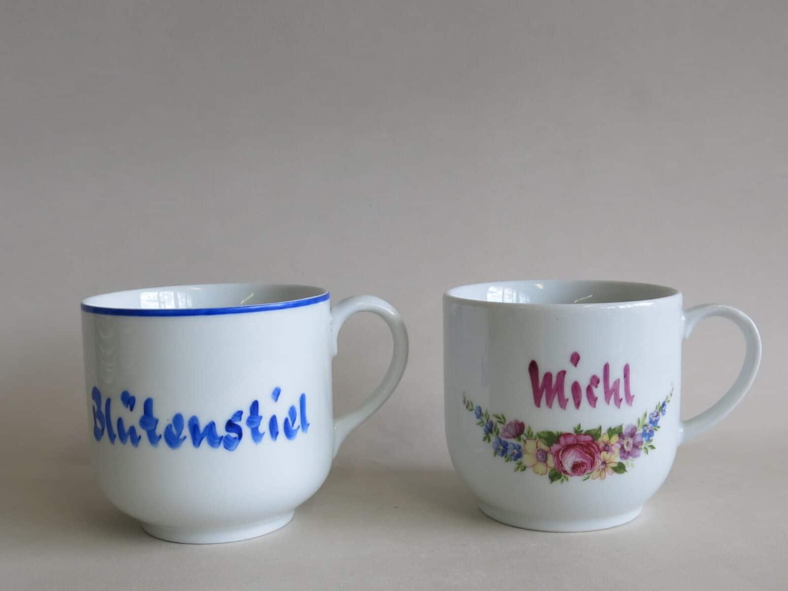 historische Namenstasse Michl und blaue Version um 1970