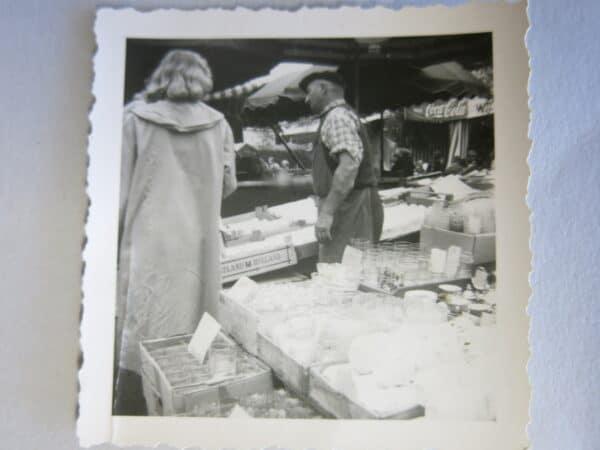 Ferdinand Kriener Ende der 50 iger Jahre auf einem Markt in Süddeutschland