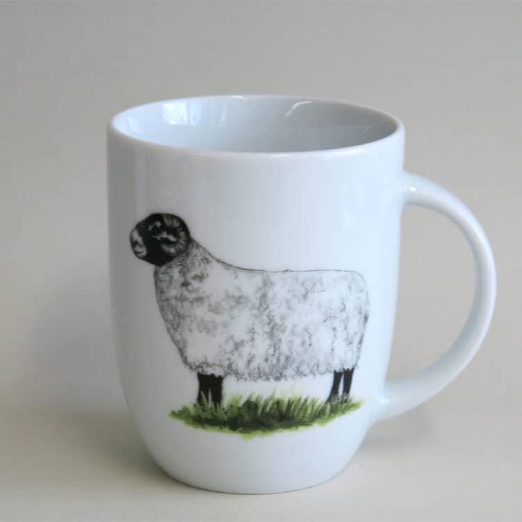 Schwarzkopf Schaf auf rundlichen Becher 260 ml