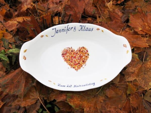 Kundenwunsch- Schale Herbstherz mit Widmung zum Hochzeitszeitstag