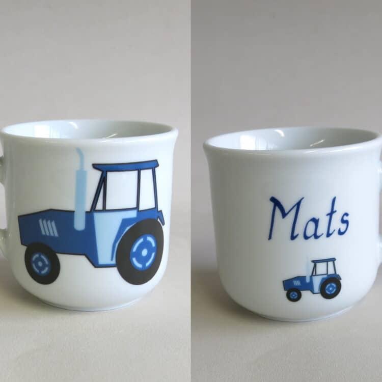 Namenstasse blauer Traktor
