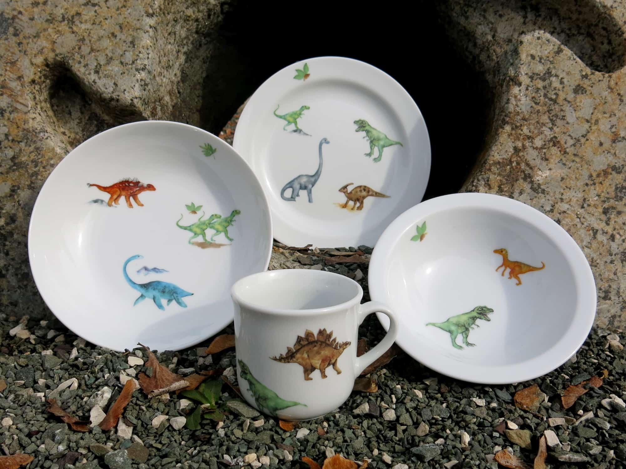 Kindergeschirrset Teller Schale Schüssel und Becher mit Dinosauriern