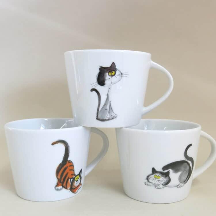 Kitageschirr 3 Tassen Clio englische Katzen bunt