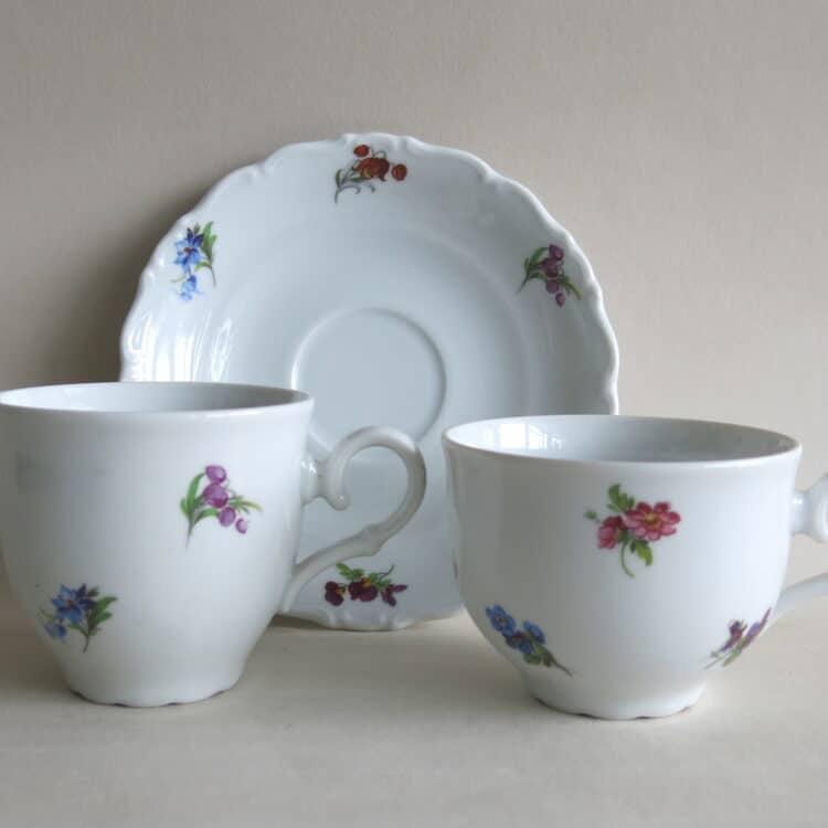 Ofelie Blümchenstreuer Teetasse Kaffeetasse und Unterteller