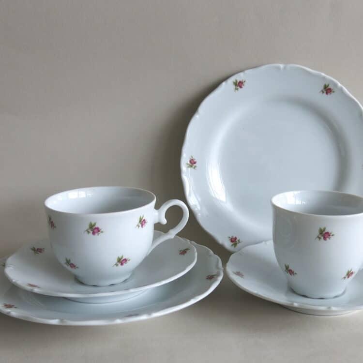 Ofelie Röschen Gedeck mit Teetasse Kaffeetasse und Unterteller